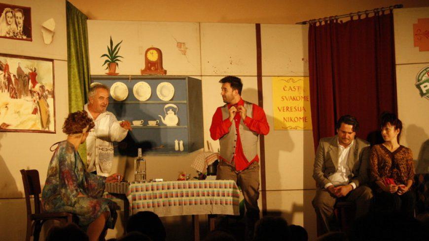 Glumci Kerekesh-teatra oduševili publiku