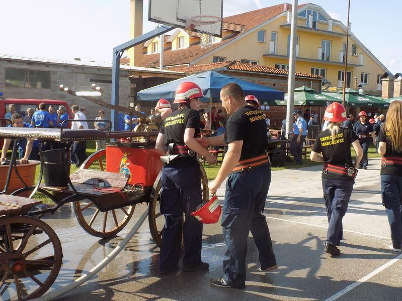 Održano 10. Kup Nove Vesi – natjecanje vatrogasaca zaprežnim špricama