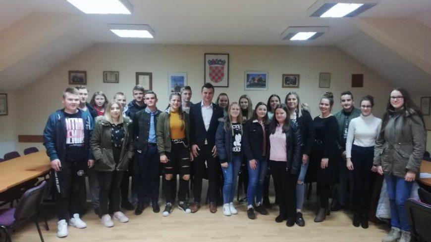Dodijeljene stipendije učenicima i studentima Općine Petrijanec